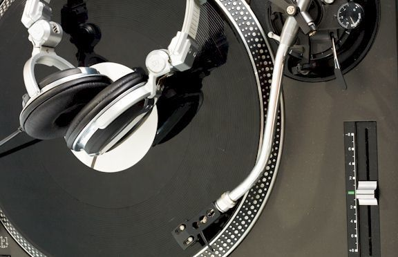 turntable features