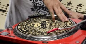 turntable tracking force